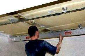 Делаем установку реечного потолка